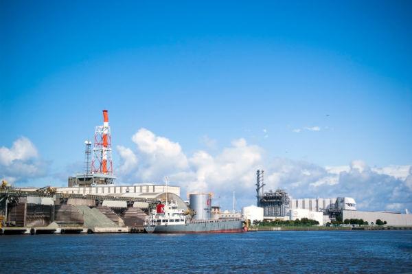 enelabo-japan-oil-field01