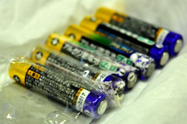 img-battery-leakage01