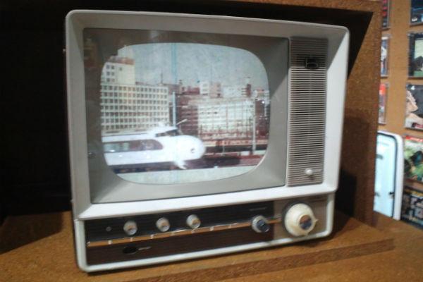 enelabo-showa-heisei-electronics02