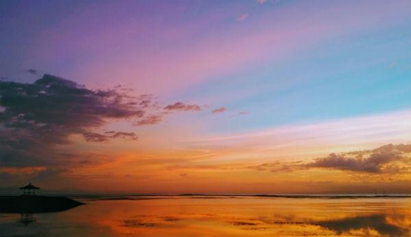 【バリ島】サヌールビーチの朝焼け