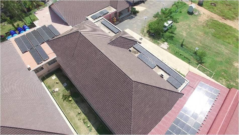 ジャパンハート子ども医療センター太陽光発電設備①