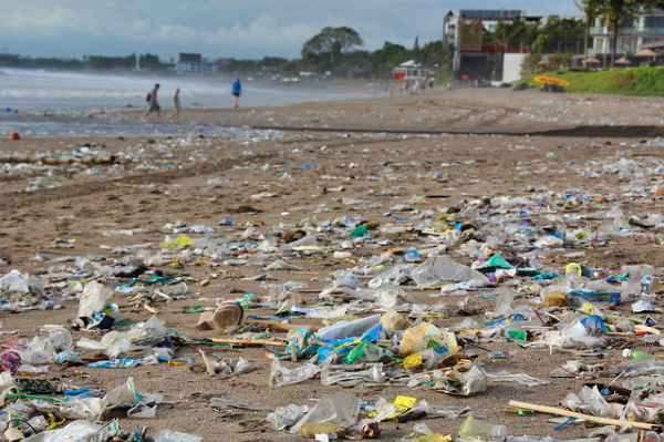 resolabo-bali-plastic-pollution02