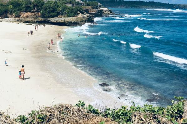 レンボンガン島:ドリームビーチ